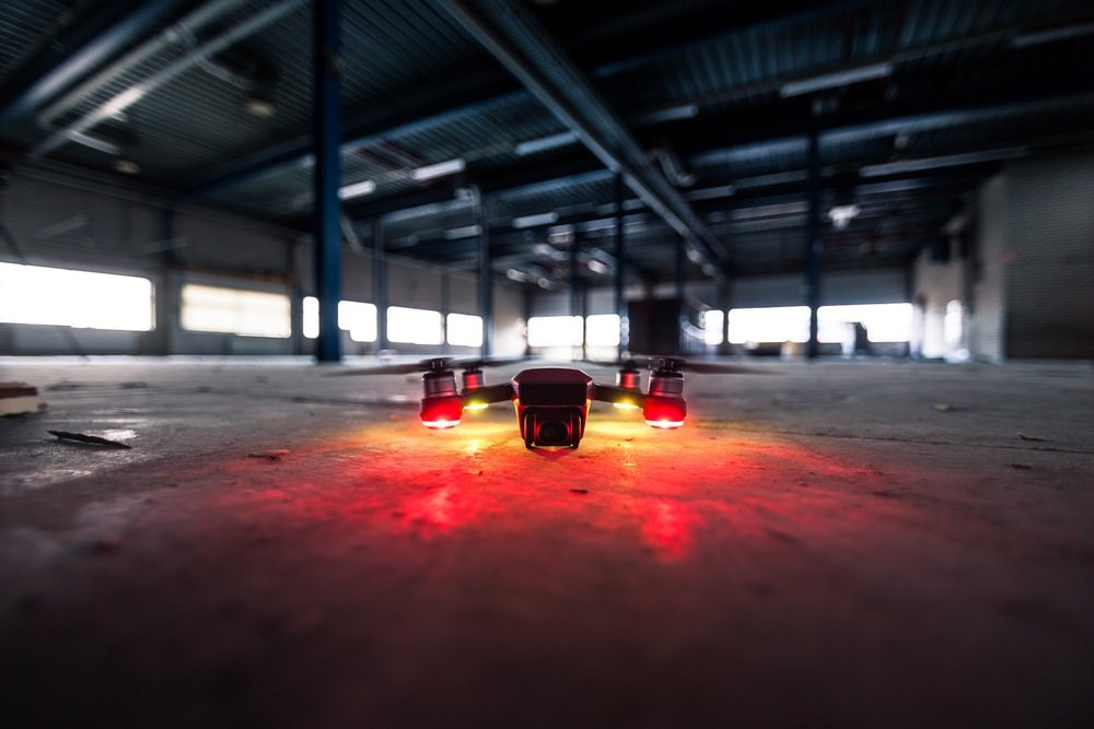Transportation-by-drone-or-robotics-for-online-shopping